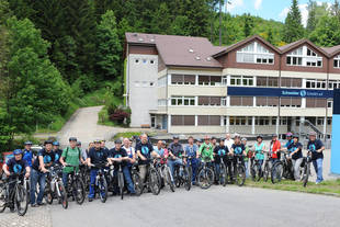 46 active cyclers