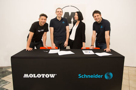 Schneider and Feuerstein, including their unique urban brand MOLOTOW™ have signed a long-term cooperation agreement.