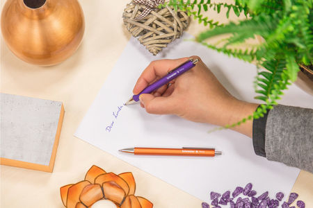 Schneider's ballpoint pen Perlia with the well-known Viscoglide® technology  for an extraordinarily smooth and gliding writing feel